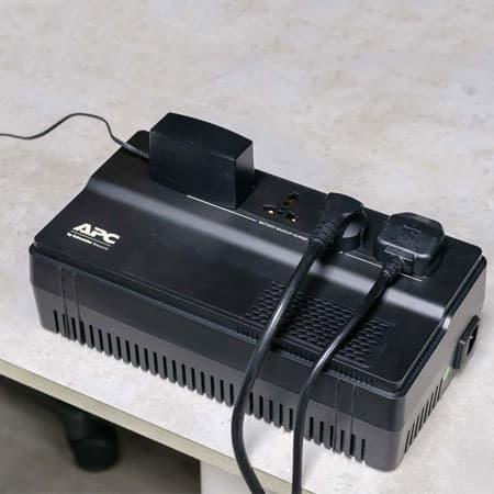 Bộ lưu điện APC EASY UPS BV1000I-MS (2)