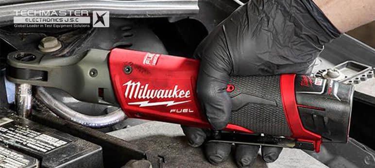 Máy siết bu lông góc Milwaukee M12 FIR38-0 (8)