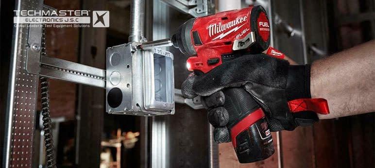 Máy vặn vít Milwaukee M12 FID-0C (9)