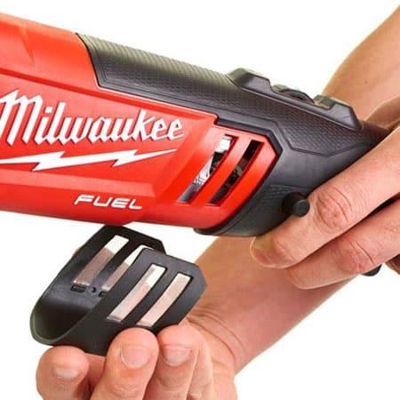 Máy đánh bóng Milwaukee M18 FAP180-502X (1)